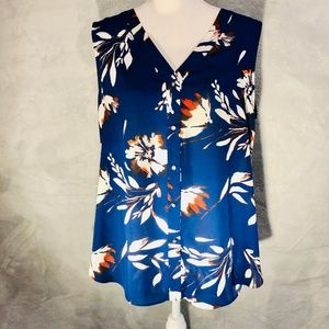 ⭐️3 FOR $50 Chaus Blue Floral Sleeveless Top NWOT